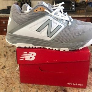 Brand new men's New Balance sneakers size 101/2